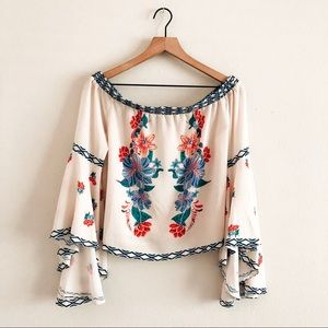 FLYING TOMATO • floral off shoulder top